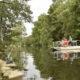 Traversez la rivière sarthe en bac à chaine