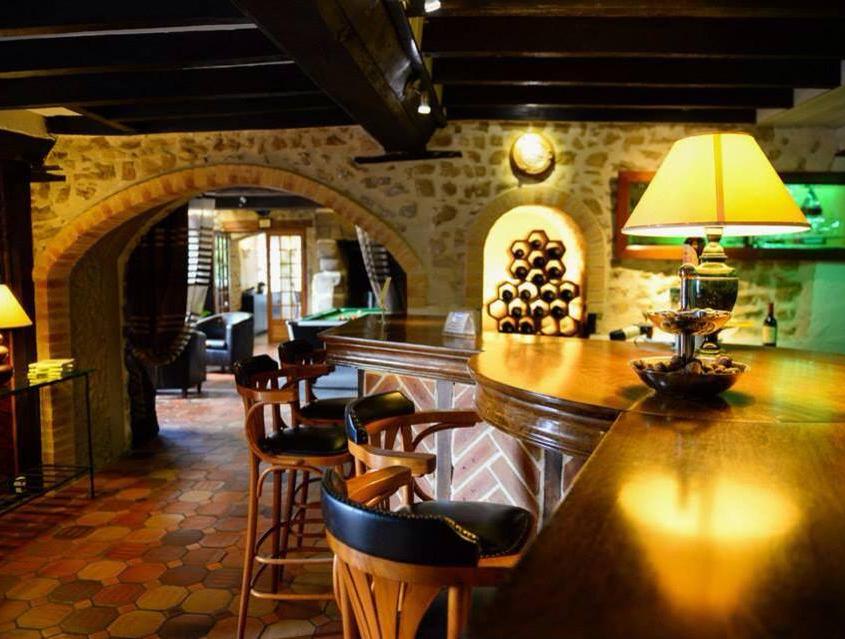 Bar et restaurant © L'Oasis Villaines-la-Juhel
